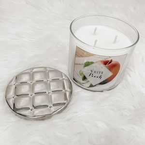 Bath & Body Works white peach 3 wick candle